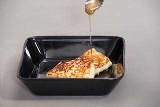 Paistojuustoa ja hunajaa
